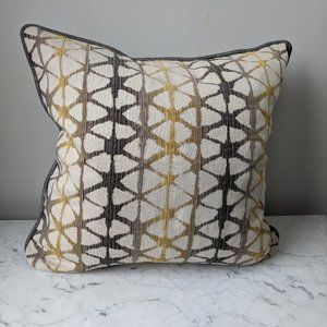 NEW Set of 2 Pillow Covers Gray Yellow